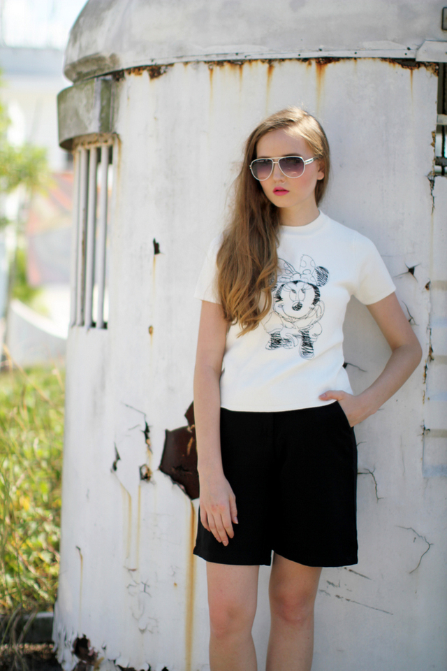 Oh Minnie Embroidery Knit Top in White