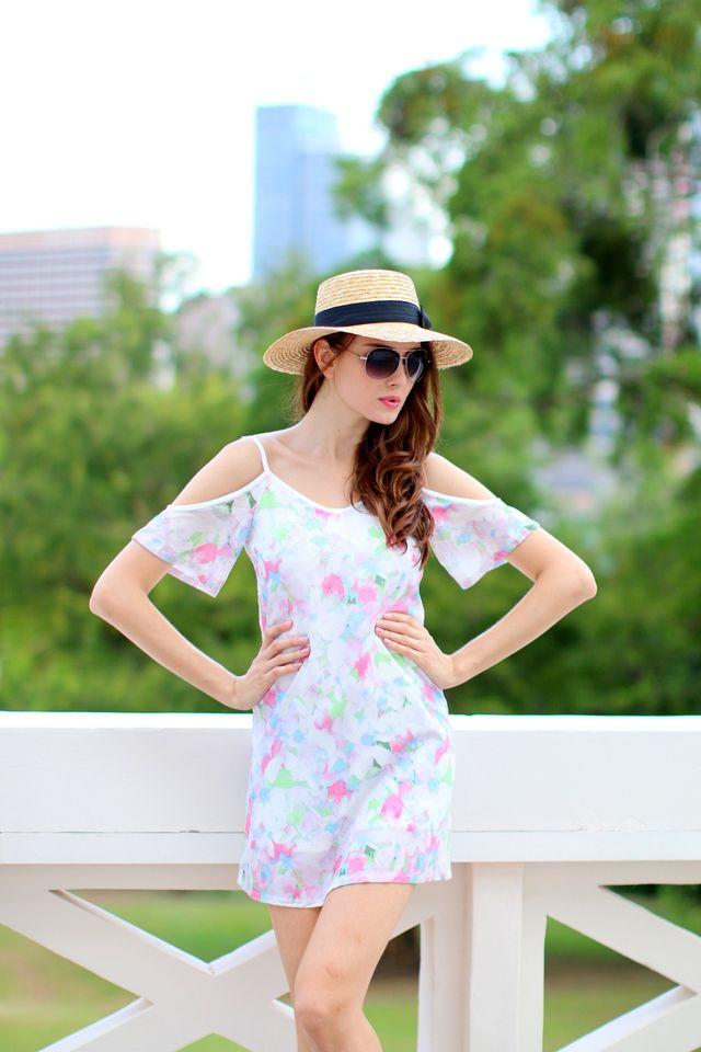 TSW Honora Cultured Cold Shoulder Dress In Pink Floral (L)