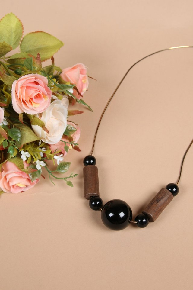 Mystle Long Wooden Necklace in Black