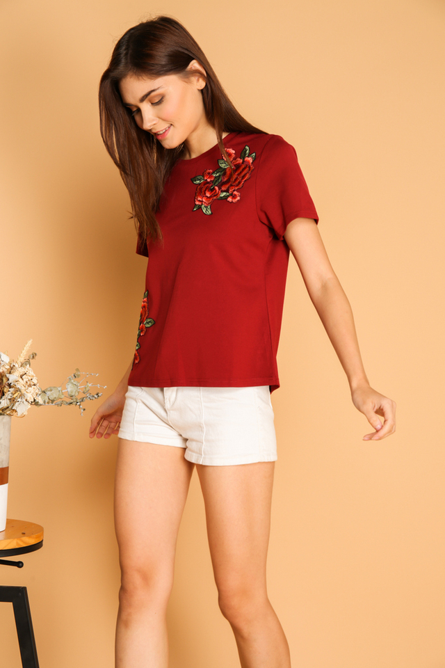 Maura Rose Patch Tee in Maroon