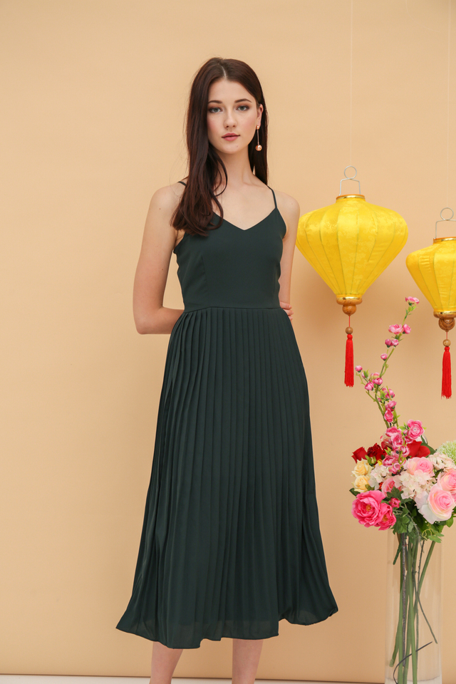 Lina Pleated Midi Dress in Forest (L)