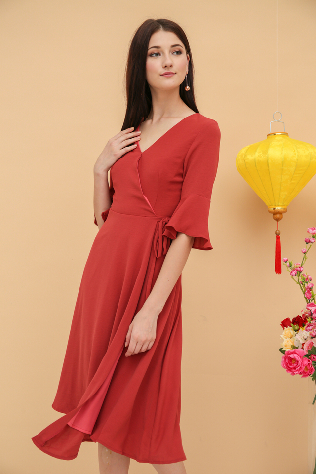 Jayner Bell Sleeve Midi Dress in Terracotta