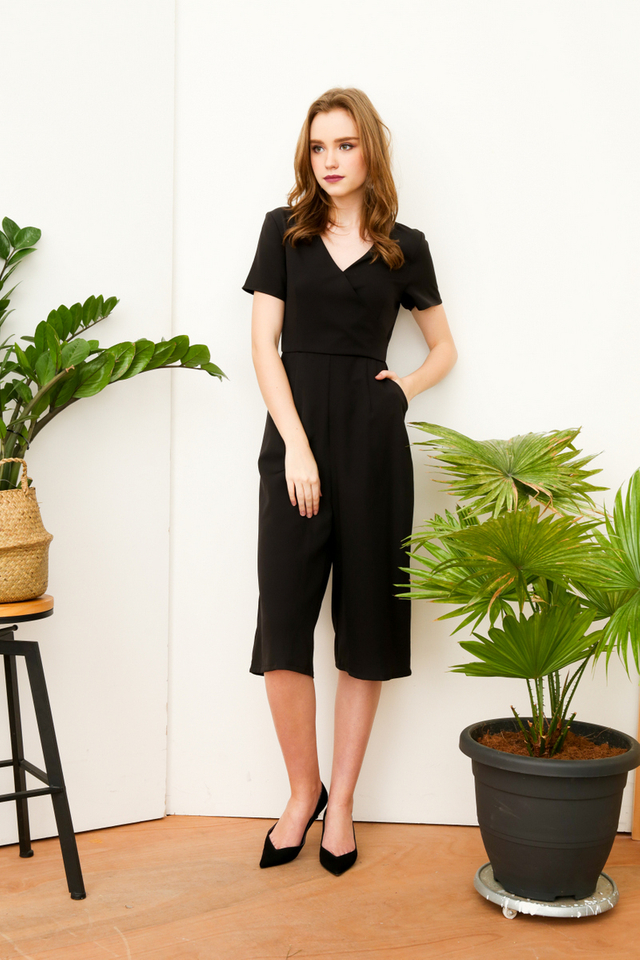 Cass Midi Sleeve Jumpsuit in Black