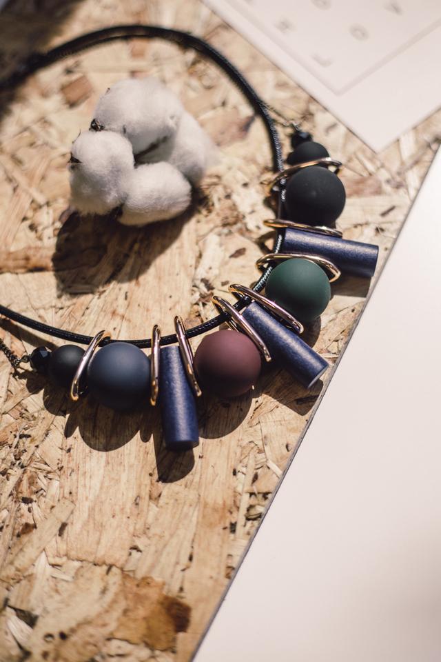 Octavia Geometric Double Chain Necklace
