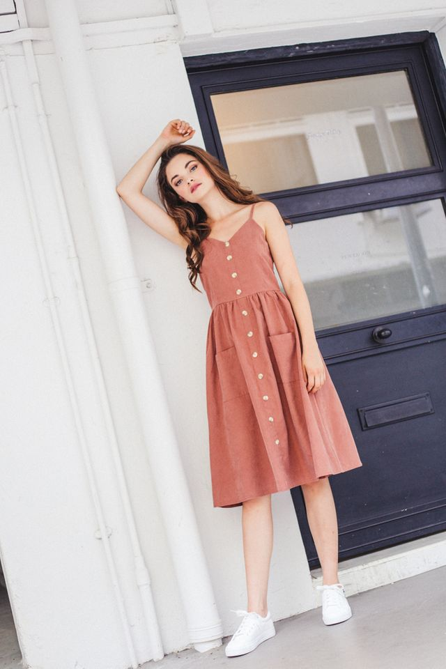 Leandra Button-down Midi Dress in Dark Terracotta