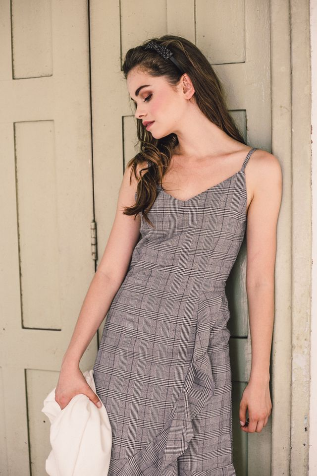 Cosette Plaid Ruffles Midi Dress in Grey (L)