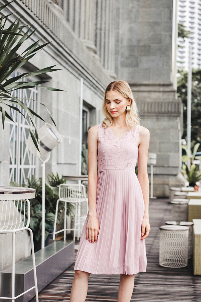 Carianna Lace Pleated Midi Dress in Pink