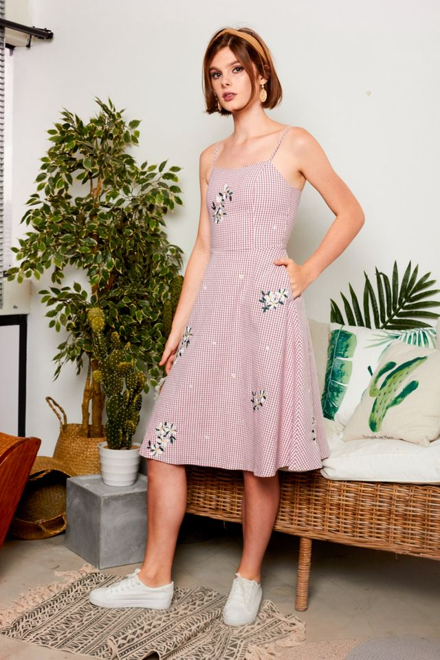 Pertessa Floral Gingham Midi Dress in Dusty Rose