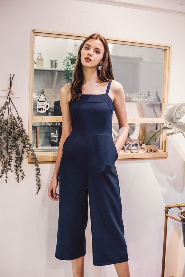 Lystan Wide Leg Jumpsuit in Navy (L)