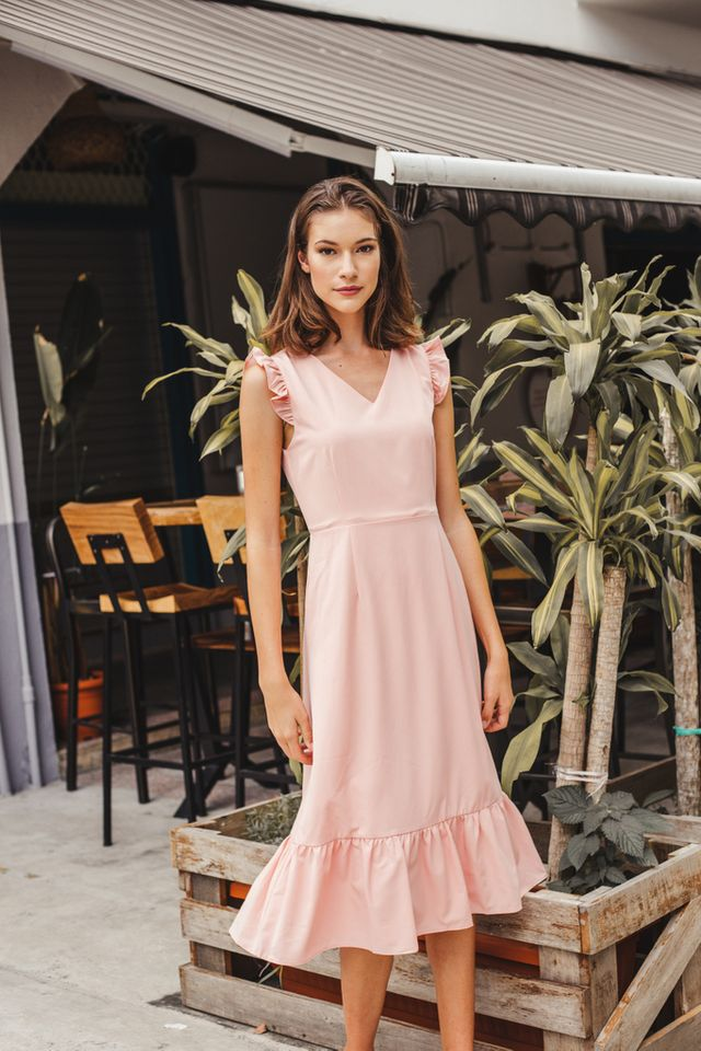 Cieon Ruffled Hem Midi Dress in Peach Pink (XS)