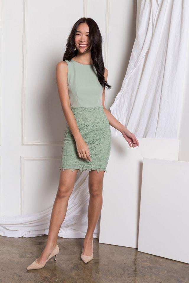 Verina Crochet Sheath Dress in Mint (XL)