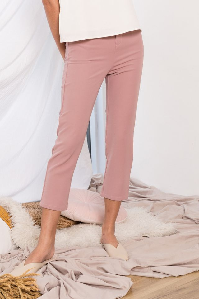 Tahira High Waisted Trousers in Dusty Pink (M)