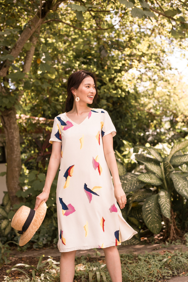 Wylda Abstract Midi Dress in Off-White (XS)
