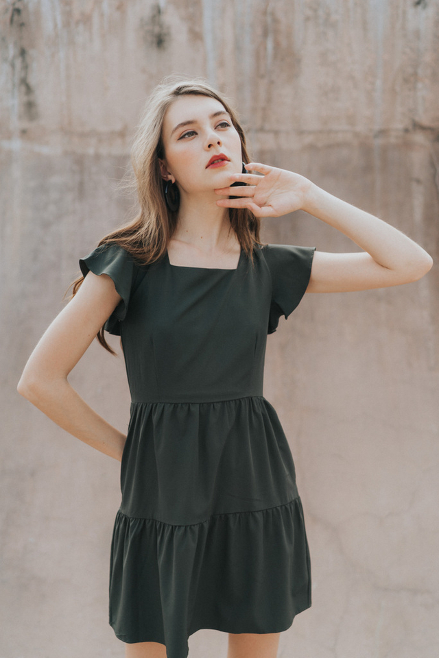 Aniela Square Neck Dress in Forest