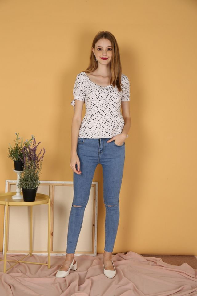 Adelle Heart Ribbon Top in White (XS)