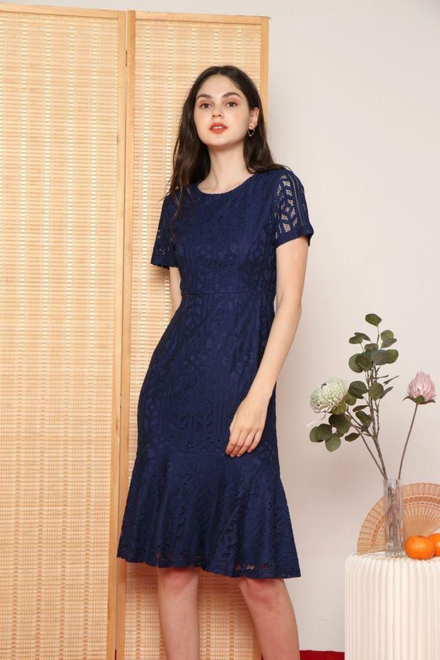 Giselle Premium Lace Mermaid Midi Dress in Navy