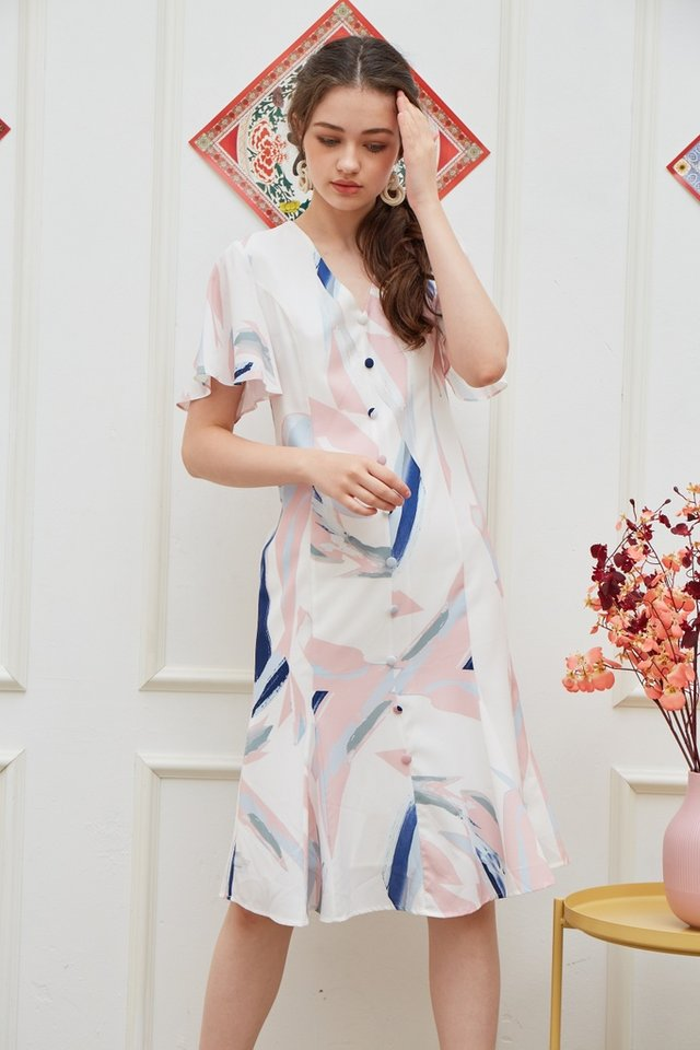 Odellia Abstract Button Midi Dress in Pink (XS)