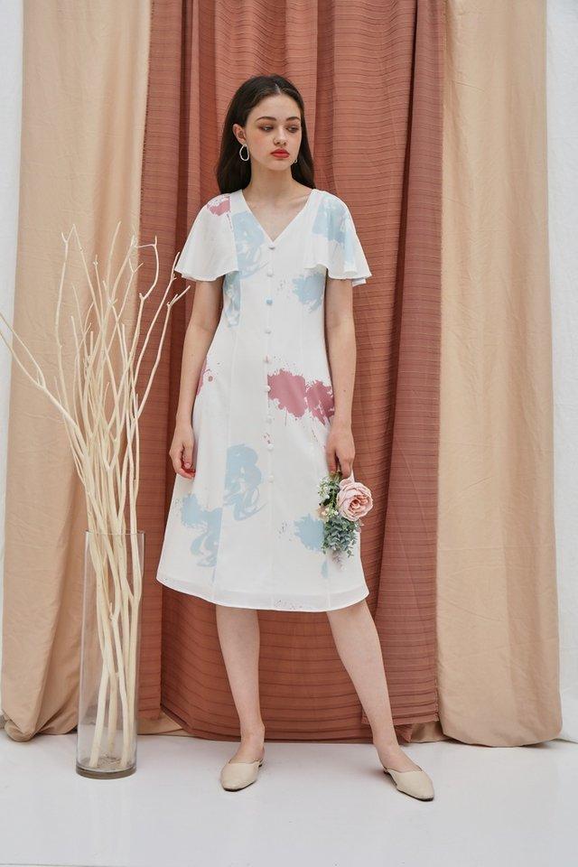 Taina Watercolour Button Midi Dress in White (XS)