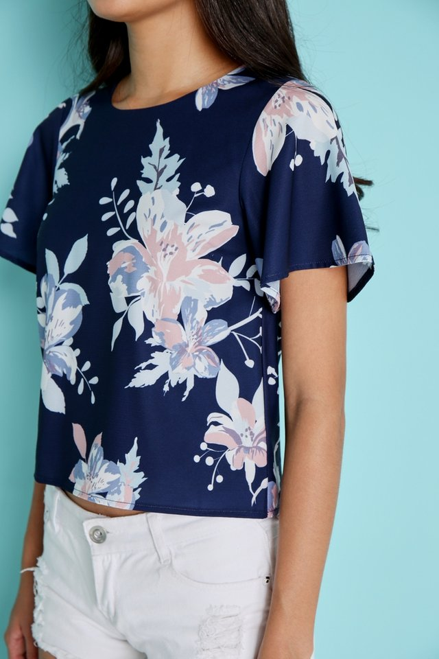 Zaria Abstract Floral Sleeved Top in Navy