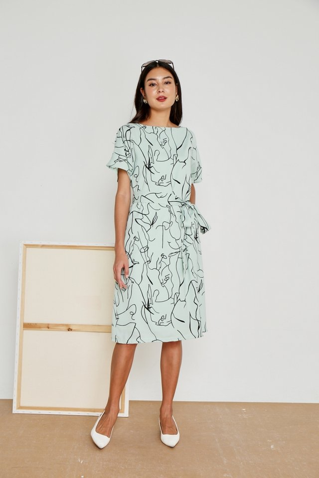 Darline Abstract Midi Dress in Melon