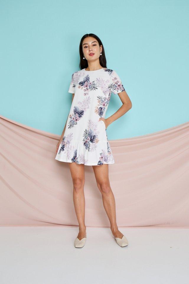 Sherelle Floral Dropwaist Dress in White (XS)
