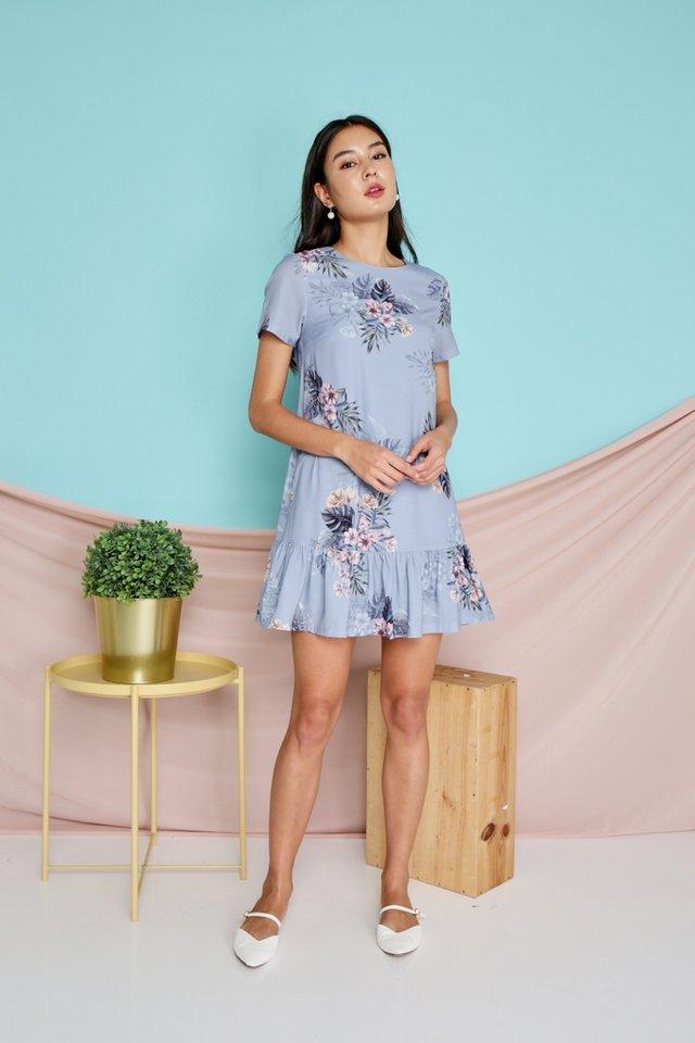 Sherelle Floral Dropwaist Dress in Blue (XS)