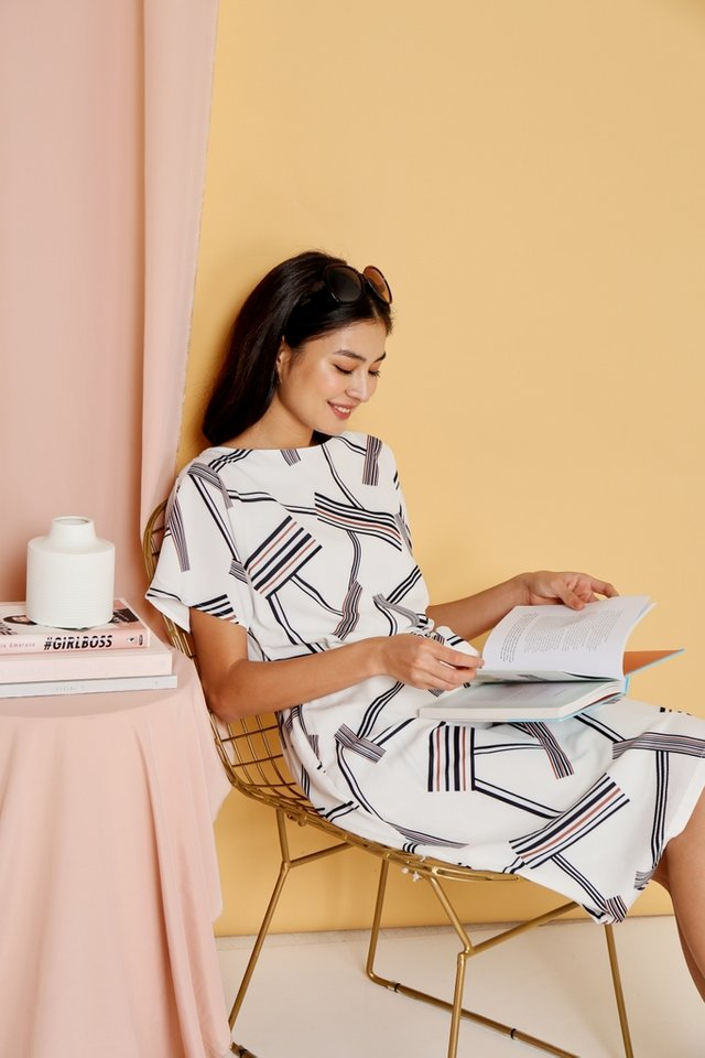 Kiara Printed Sleeved Midi Dress in White