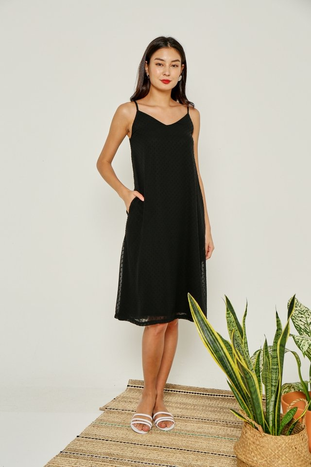 Aemela Swiss Dot Midi Dress in Black