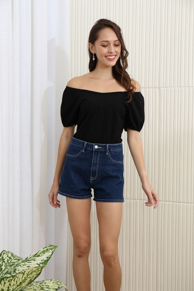 Clarissa Two Way Basic Sleeve Top in Black