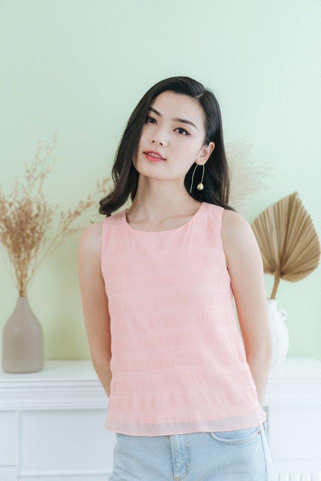 Jiselle Textured Sleeveless Top in Pink