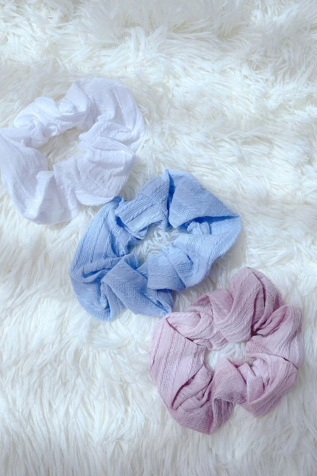 TSW Scrunchie in Textured Blue