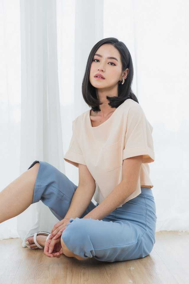 Alira Textured Pocket Top in Sand