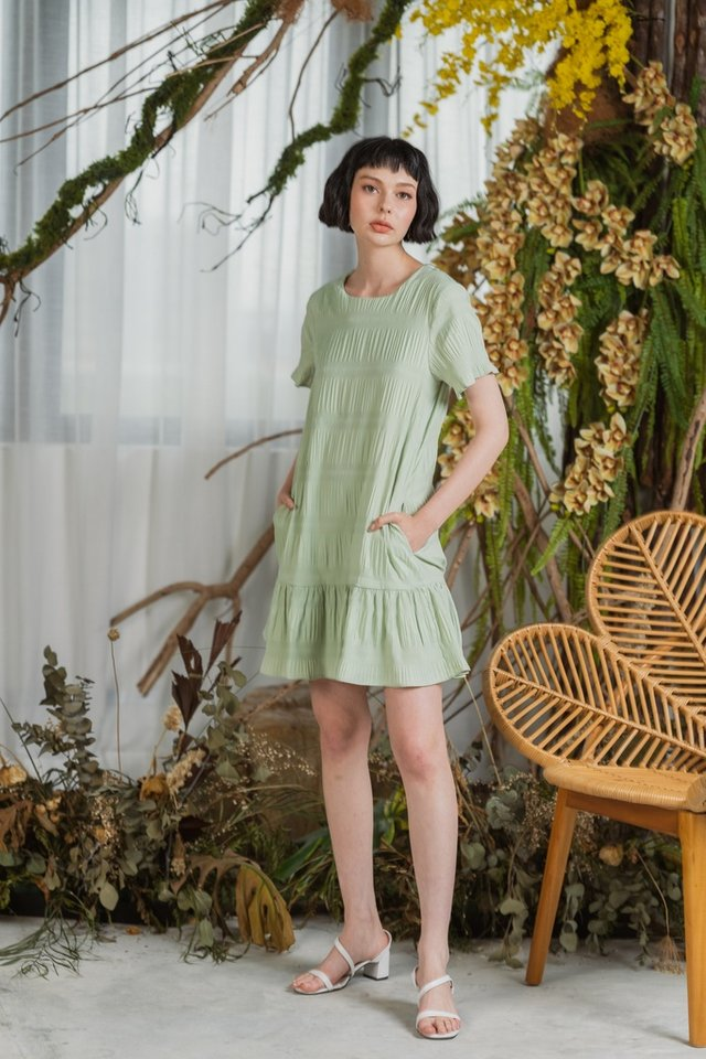 Adalyn Textured Dropwaist Dress in Sage