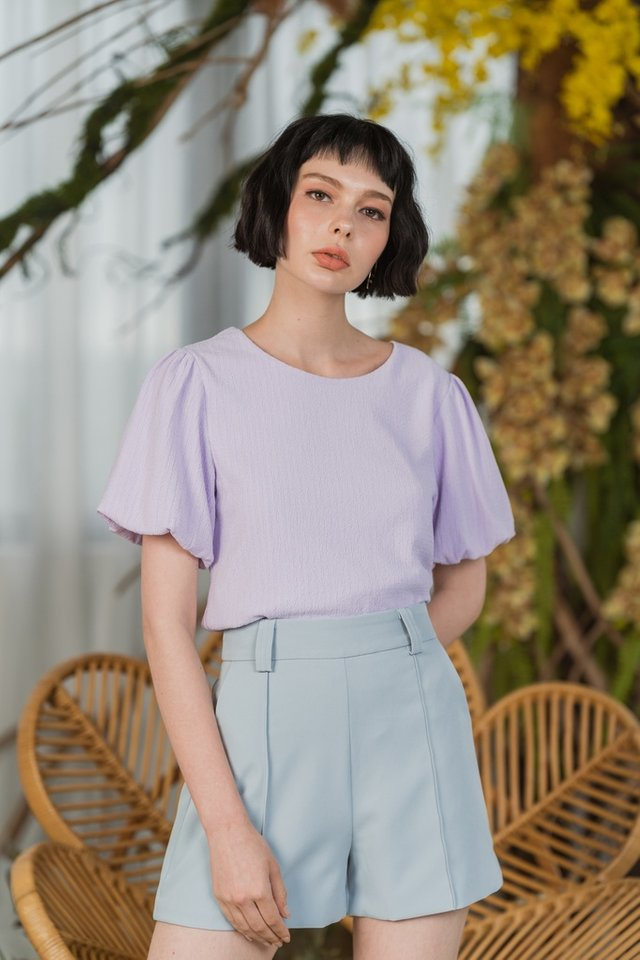 Iyla Textured Puffed Sleeves Top in Lilac